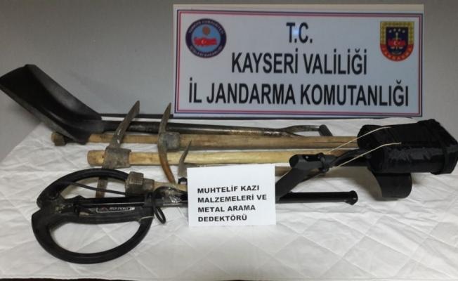 SİT alanında kaçak kazı operasyonu: 7 gözaltı