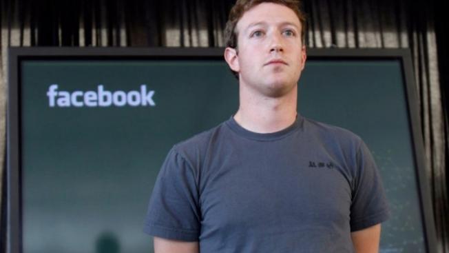 Facebook'un veri skandalı regülatörleri harekete geçirdi