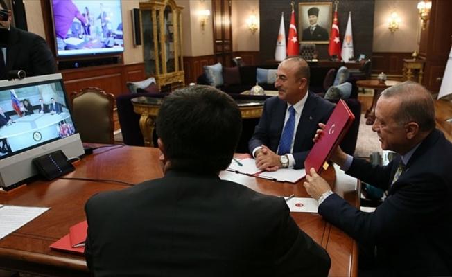 Erdoğan, Venezuela Devlet Başkanı Maduro ile telekonferansla görüştü