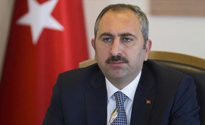 Adalet Bakanı Gül: Suruç'taki saldırı tüm yönleriyle soruşturulmakta