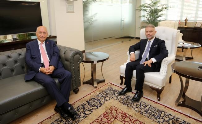 Lokman Ertürk'den Başkan Fethi Yaşar'a taziye ziyareti