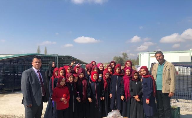 İhsan Çetinkaya İmam Hatip Ortaokulundan hayvan barınağına ziyaret