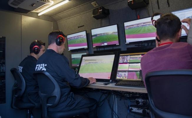 UEFA elit hakemlerin VAR eğitimleri Riva'da yapılacak