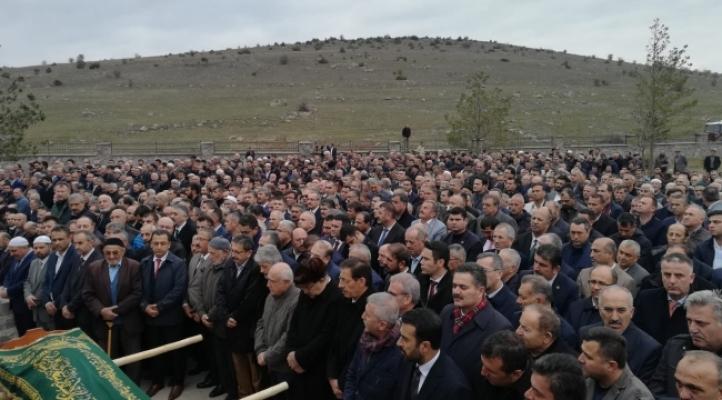 Altındağ Belediye Başkanı Veysel Tiryaki, Annesini Toprağa Verdi