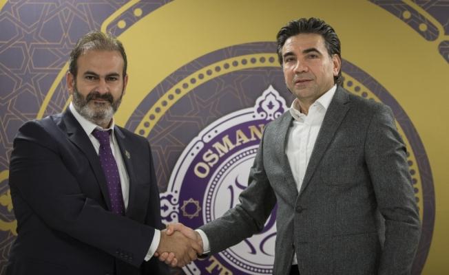 Osmanlıspor'da teknik direktör Özköylü imzayı attı