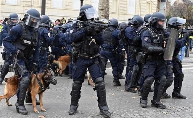 Paris'i 8 bin polis koruyacak