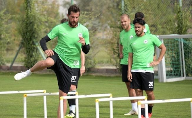 Atiker Konyasporlu futbolcu Uğur Demirok: Şampiyonluğu ve Avrupa kupalarını istiyoruz