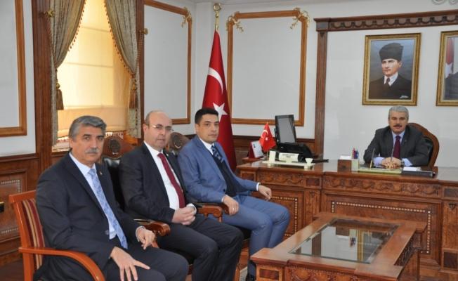 CHP ve İYİ Parti'den Vali Akın'a ziyaret