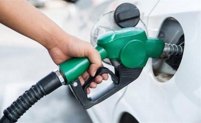 Benzine 15 Kuruş Zam Yapılması Bekleniyor