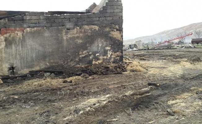 Sivas'ta samanlık yangını