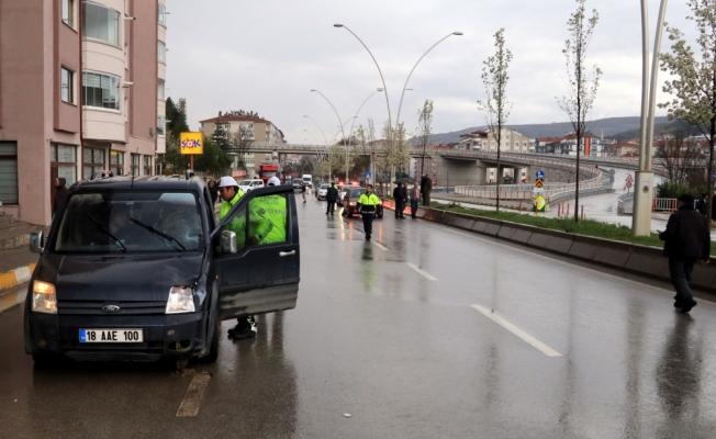 Çankırı'da hafif ticari aracın çarptığı yaya öldü