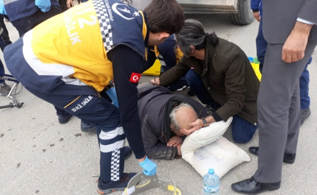 Kamyon, bisikletle çarpıştı: 1 yaralı