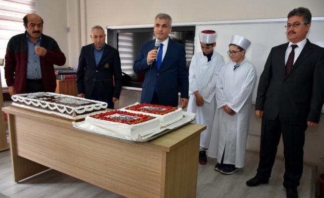 Karaman'da hafızlar cübbe giydi