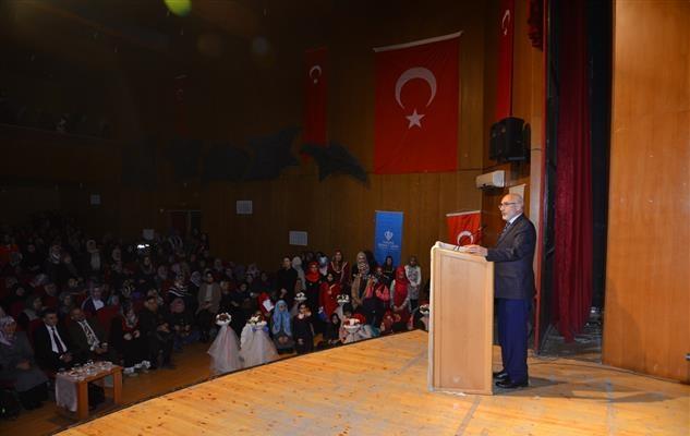 Kırşehir'de 12 kız öğrenci, hafızlık belgesini aldı
