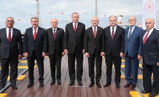 AK Parti Grup Başkanvekili Turan: Asıl kaybeden o fotoğrafta yer almayan olacak