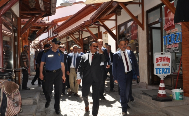 Vali Toprak'tan Akşehir'e ziyaret