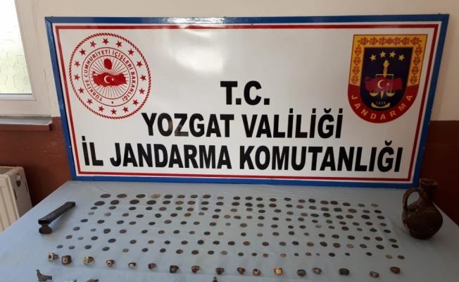 Yozgat'ta jandarma 212 parça tarihi eser ele geçirdi