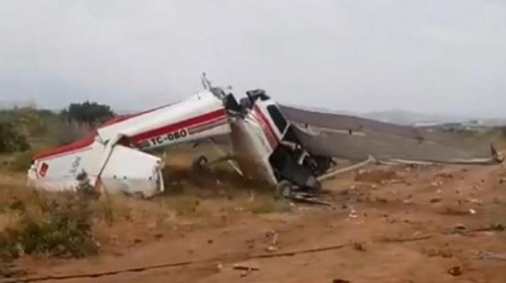 Antalya'da eğitim uçağı düştü! Ölü ve yaralılar var