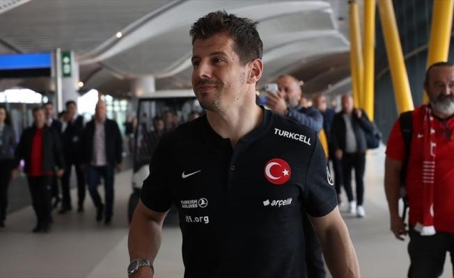Emre Belözoğlu Fenerbahçe'ye dönüş yolunda