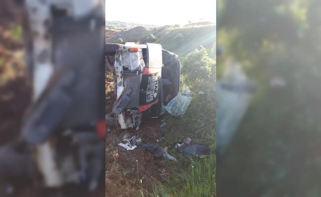 Sivas'ta minibüs şarampole devrildi: 16 yaralı
