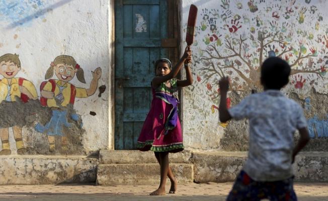Cinsiyete göre kürtaj endişesi: Hindistan'da 132 köyde son 3 ayda hiç kız çocuğu doğmadı