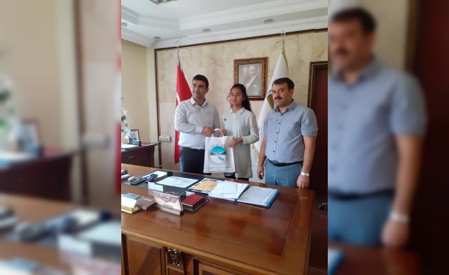 Derebucak'ta LGS ilçe birincisi altınla ödüllendirildi