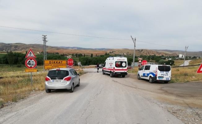 Kırıkkale'de trenin çarptığı kişi öldü
