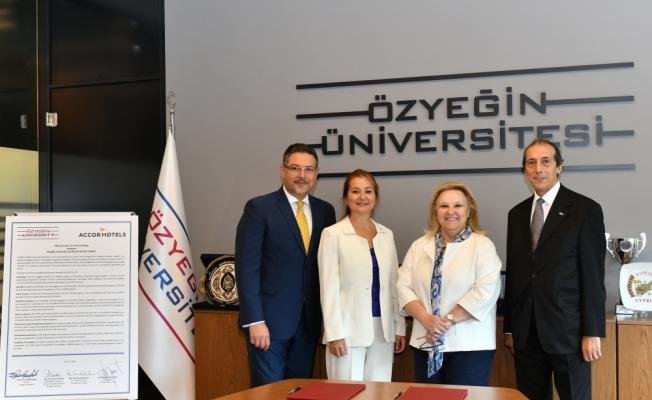 Özyeğin Üniversitesi ile Accor arasında iş birliği