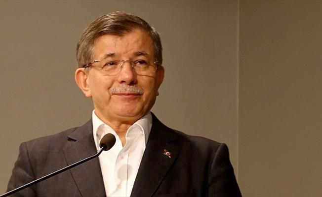 Eski başbakan Ahmet Davutoğlu AK Parti'den istifa etti