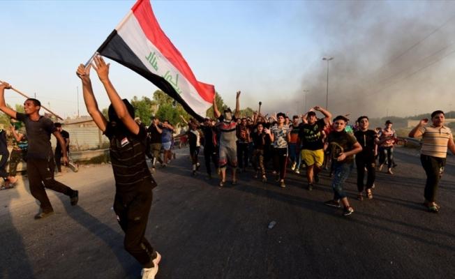 Irak'taki gösteri dalgası ve meçhule yönelme ihtimalleri