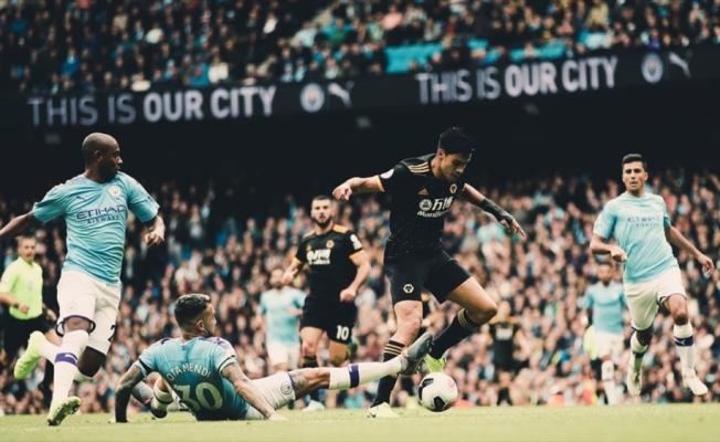 Manchester City seyircisi önünde kaybetti