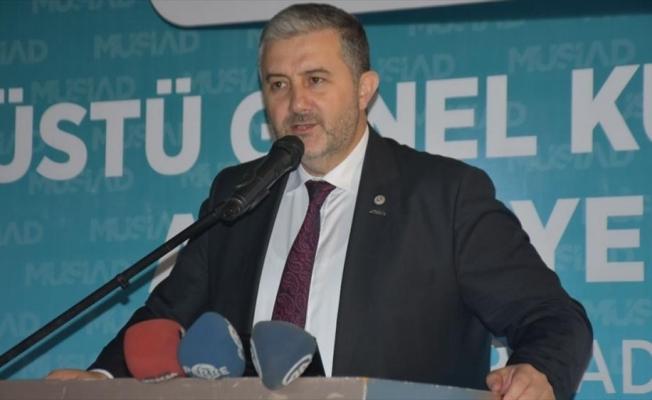 'Türkiye ekonomisi pozitif büyümeye doğru ilerlemektedir'