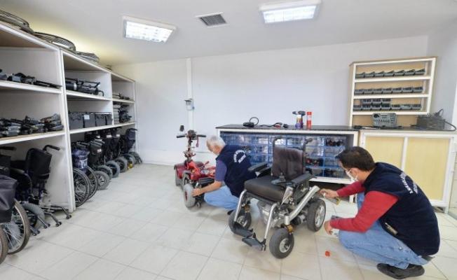 Ankara Büyükşehir Belediyesi'nden ücretsiz tekerlekli sandalye bakım onarım hizmeti