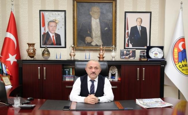 Çankırı Belediye Başkanı İsmail Hakkı Esen sosyal medya hesaplarını askıya aldı