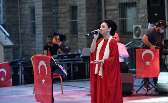 Mamak'tan Kahramanlık Türküleri yankılandı