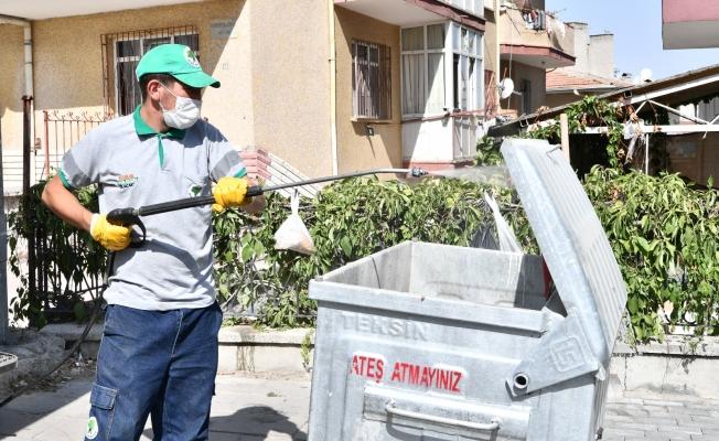 Mamak'ta çöp konteynerleri yıkanıyor