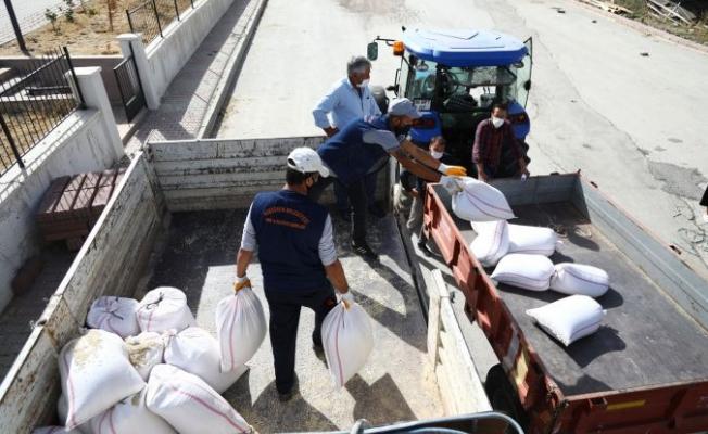 Ankara Keçiören Belediyesi'nden Çiftçilere Tohum Desteği
