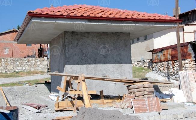 Beypazarı Belediyesi, köylerde meydan düzenlemesi gerçekleştiriyor.