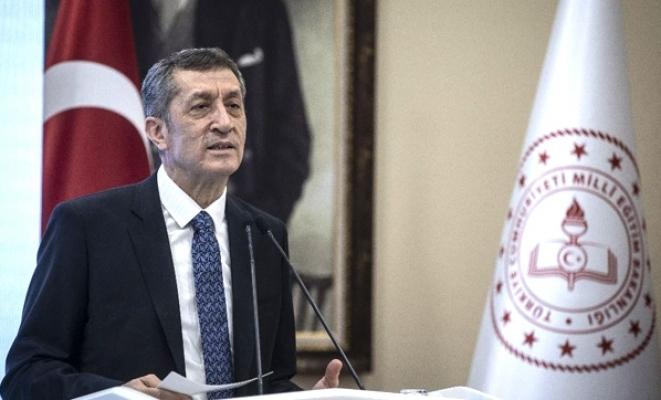 Milli Eğitim Bakanı Ziya Selçuk'tan karne' açıklaması