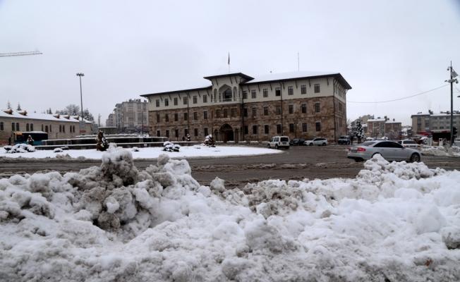 Kırıkkale, Nevşehir, Sivas ve Kayseri'de kar yağışı