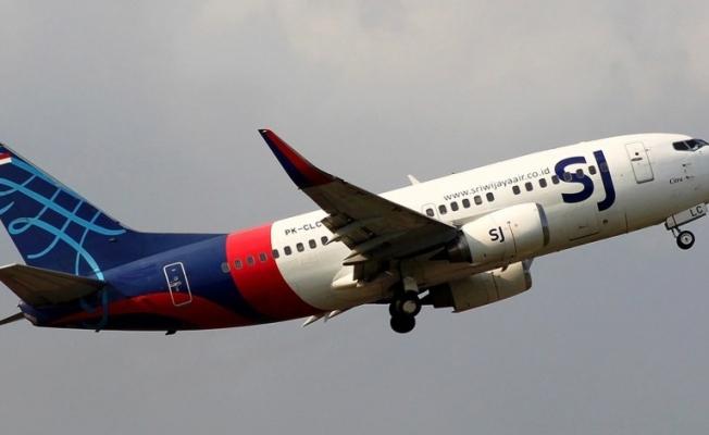 Son dakika: Endonezya'da yolcu uçağından haber alınamıyor