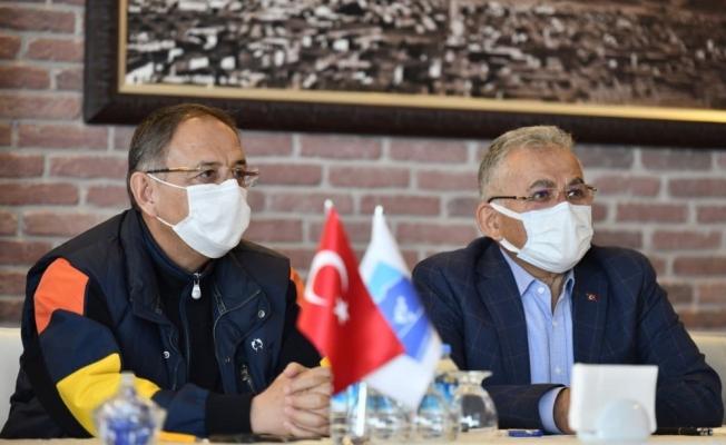 AK Parti Genel Başkan Yardımcısı Mehmet Özhaseki: