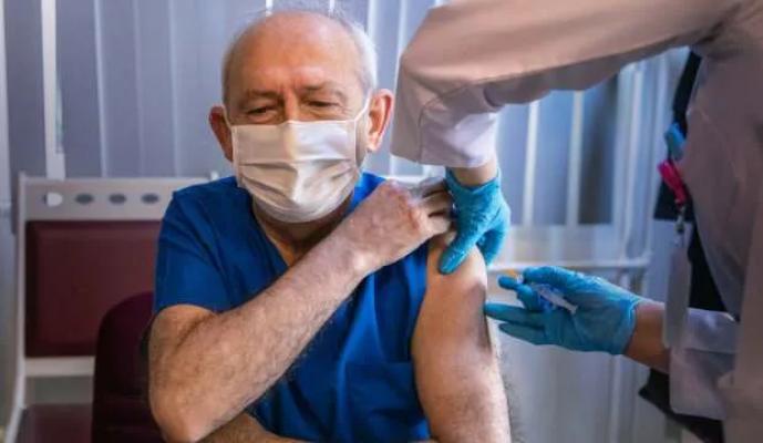 Kılıçdaroğlu, koronavirüs aşısı oldu