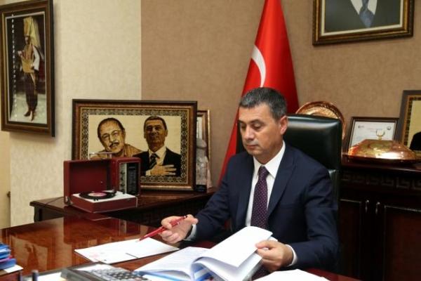 Başkan Ramazan Şimşek'ten belediye çalışanlarına müjde