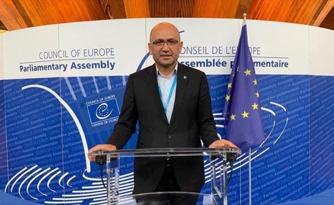 Fransa'da siyaset ve medyadaki ayrılıkçı söylemler İslamofobi'yi körüklüyor