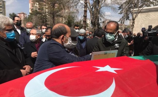 Kayseri Gazeteciler Cemiyeti Başkanı Veli Altınkaya son yolculuğuna uğurlandı