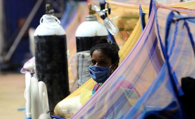 Hindistan'da günlük can kaybı sayısı salgının başından bu yana en yüksek düzeye ulaştı