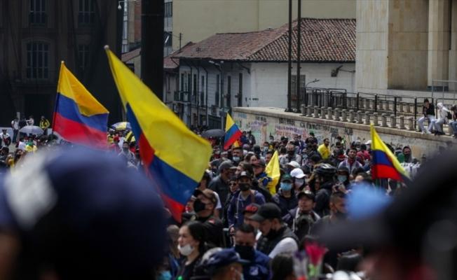 Kolombiya'da vergi reformu karşıtı gösterilerde ölenlerin sayısı 5'e yükseldi