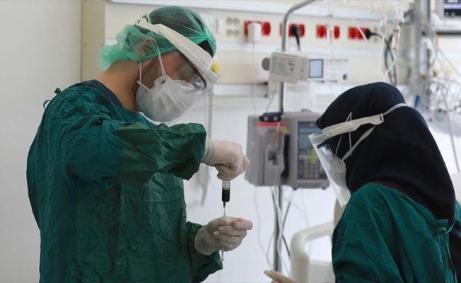 Türkiye'de 14 bin 497 kişinin Kovid-19 testi pozitif çıktı, 278 kişi hayatını kaybetti