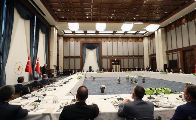 Erdoğan AK Partili belediye başkanlarına seslendi